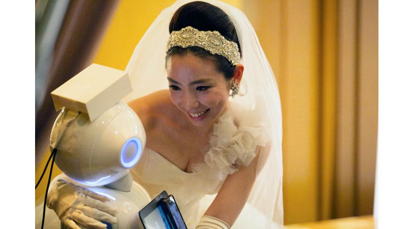 ダックリングズの「HUG」、VR技術とロボットをつなげ、遠隔地にいてもまるでその場にいるようなコミュニケーションを実現