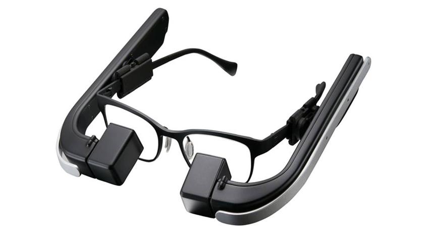 メガネスーパー、メガネ型ウェアラブル端末「b.g.」とACCESSのBeaconソリューションを連携