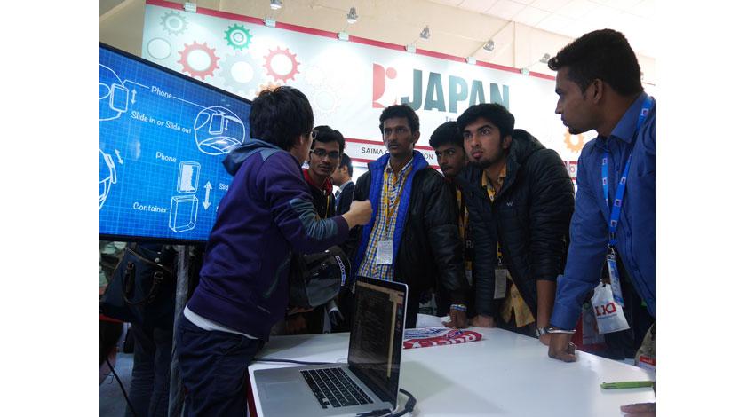 Nextremer、人工知能対話エンジン活用のスマートヘルメット、インド市場に向けたプロトタイプを開発