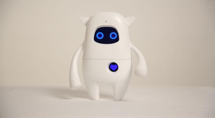 AKA、人工知能ロボット「Musio」の日本正式販売に向けてソフトバンク コマース&サービスと提携