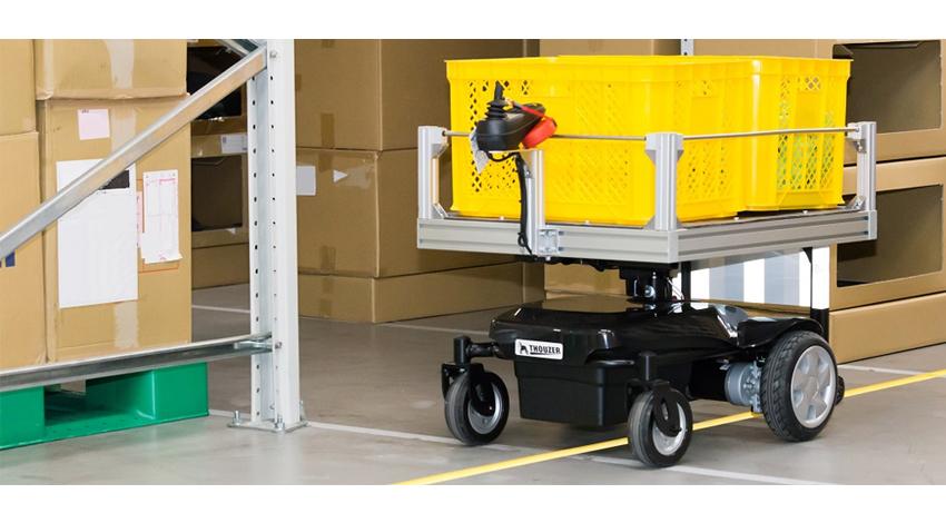 タナックスとDoog、業務提携し、物流現場ヘ向け追従運搬ロボット「サウザー」を販売開始