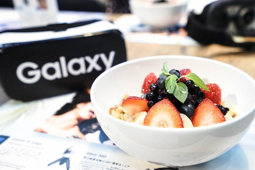 サムスン、360度高解像度カメラ「Galaxy Gear 360」発表