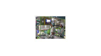 富士通と富士通システムズ・イースト、TOTOベトナムの工場における製造現場をIoTで革新