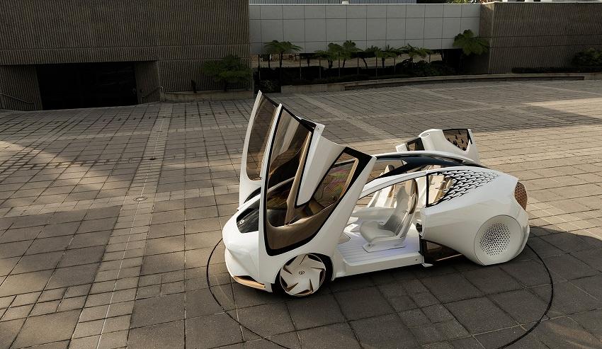 TOYOTA、未来のモビリティを具体化したコンセプトカー 「TOYOTA Concept-愛i」をCESで公開
