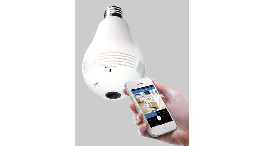 ダイトク、電球型360度Wi-Fi防犯カメラ発売