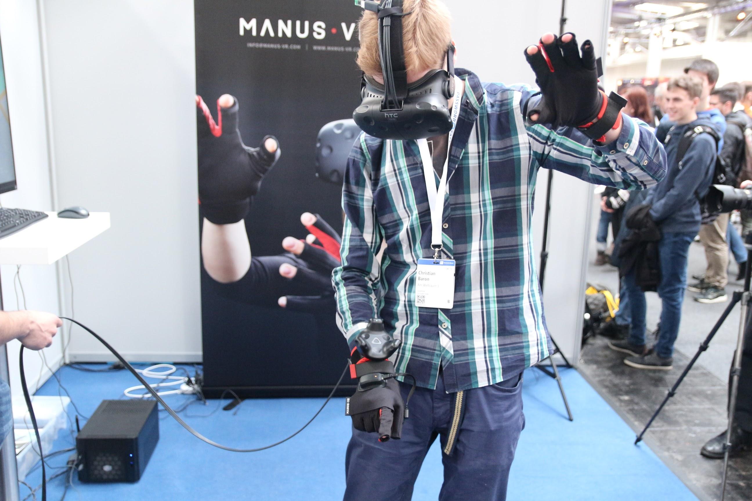 CeBIT2017 Manus VR