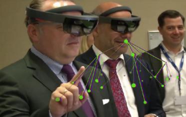 KPMGコンサルティング、 「Microsoft HoloLens導入支援サービス」の提供を開始