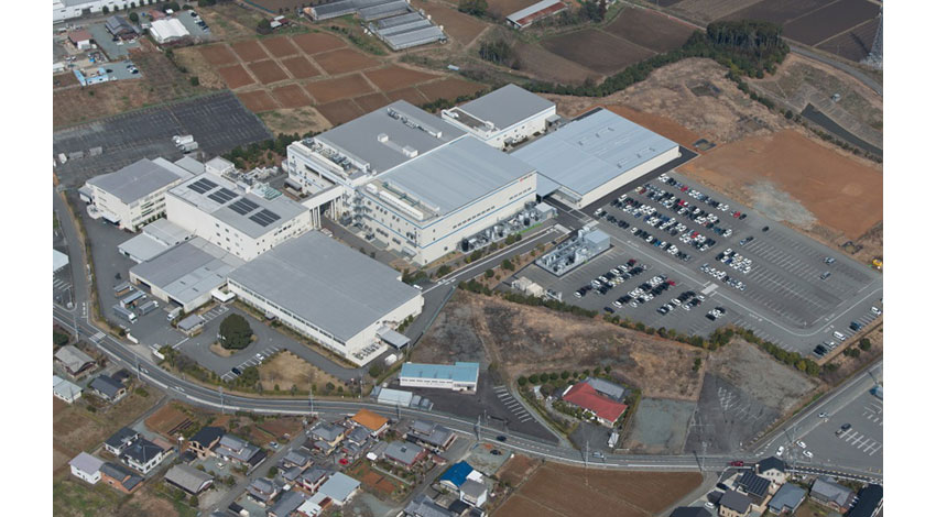 京セラ、カラートナーコンテナ全自動化ラインの新工場が完成
