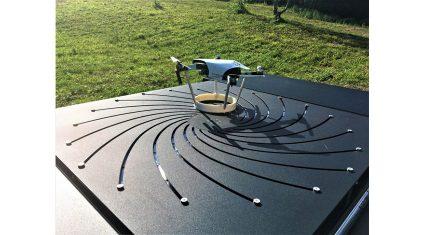 ブイキューブロボティクス、H3 Dynamicsの全自動ドローンシステム「DRONEBOX」を使った商用サービスの提供を開始