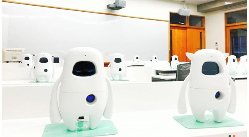 AKA LLC、同志社中学校に英語学習AIロボット「Musio」の専用教室を設置