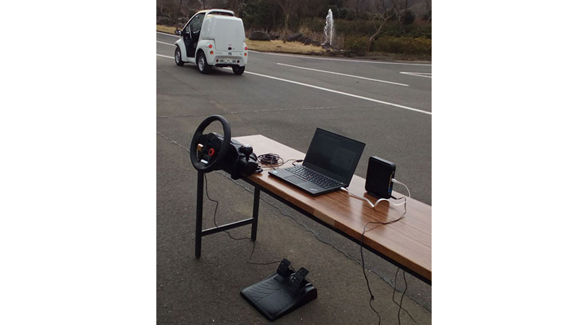 ZMPの研究開発用RoboCarシリーズ、超小型EVのドライビングコントローラ遠隔操作パッケージを販売開始