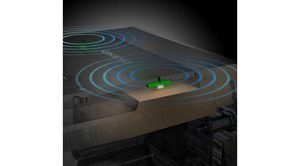 オンキヨー、スマートスピーカーのマイク振動抑制技術を開発