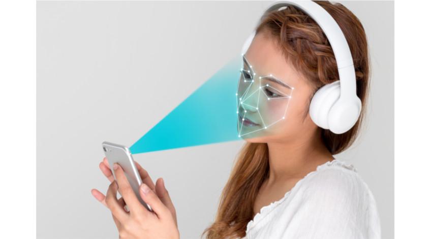 アイデミア、顔認識技術を利用した「アイデミア3Dフェース」を発表