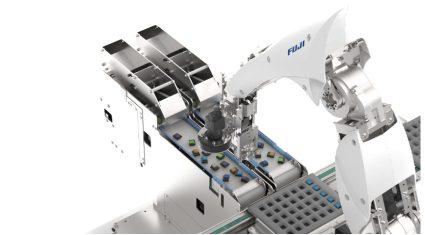 FUJIとALBERTが多関節ロボットのプログラミングフリーを実現するAIを共同開発、初めて見る部品も自動認識可能に