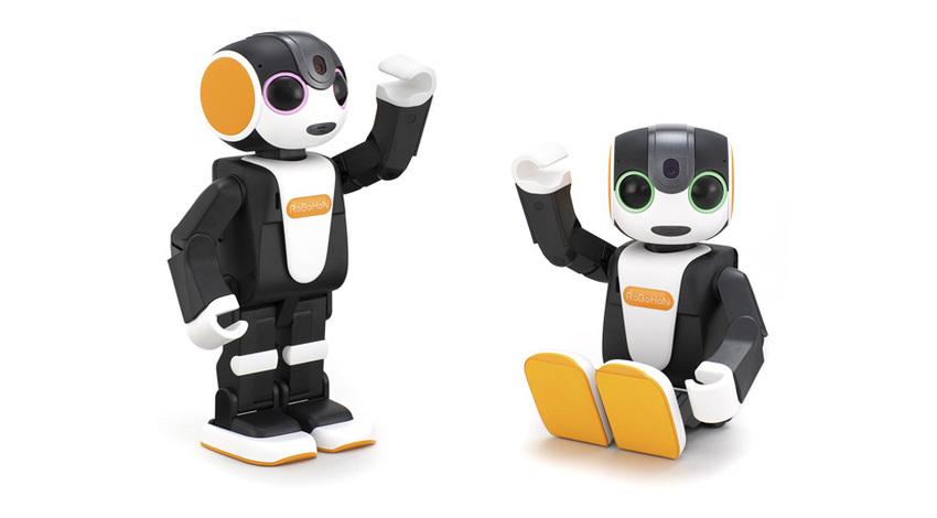 シャープ、モバイル型ロボット「RoBoHoN」の新製品3機種を発売