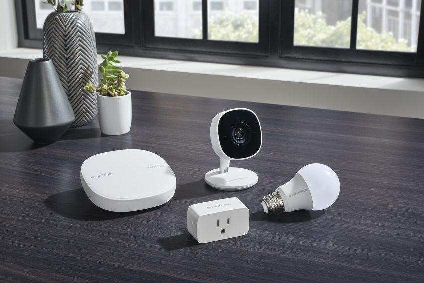 Sumsung Smart Thingが「カメラ」「プラグ」「電球」3つのスマートホーム新商品を発表