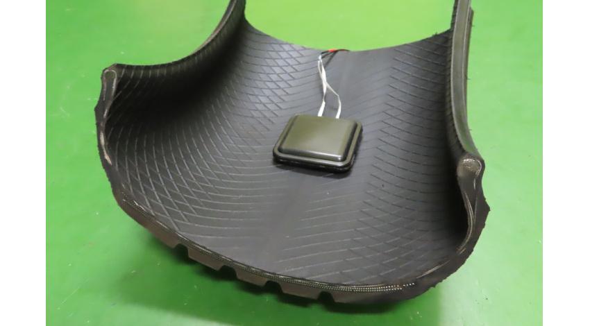 住友ゴムと関西大学、静電気を利用してタイヤの回転で電力を発生させる技術を共同開発