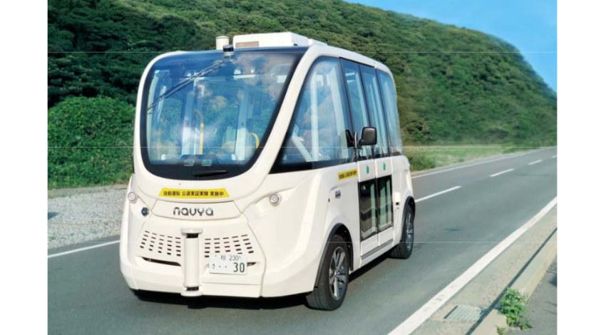 SBドライブ、ハンドルがない自律走行バスの公道実証実験を実施