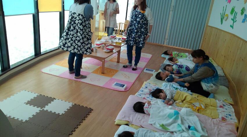 埼玉県、IoT・AI等を活用した「スマート保育園」モデル実証実験をユニファと実施