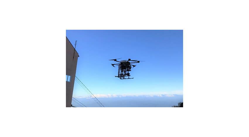 信州大学・KDDI・PRODRONEなど、5Gドローンを活用した山岳登山者見守りの実証実験を実施