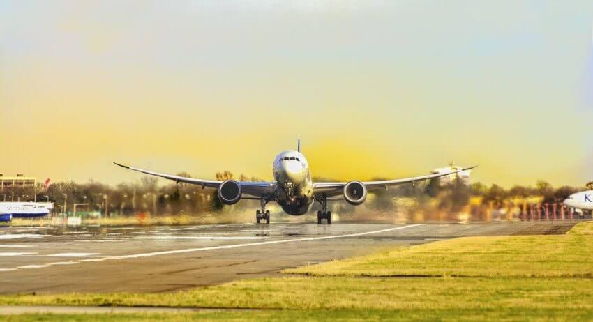 JALの施策から見える未来の空港とは