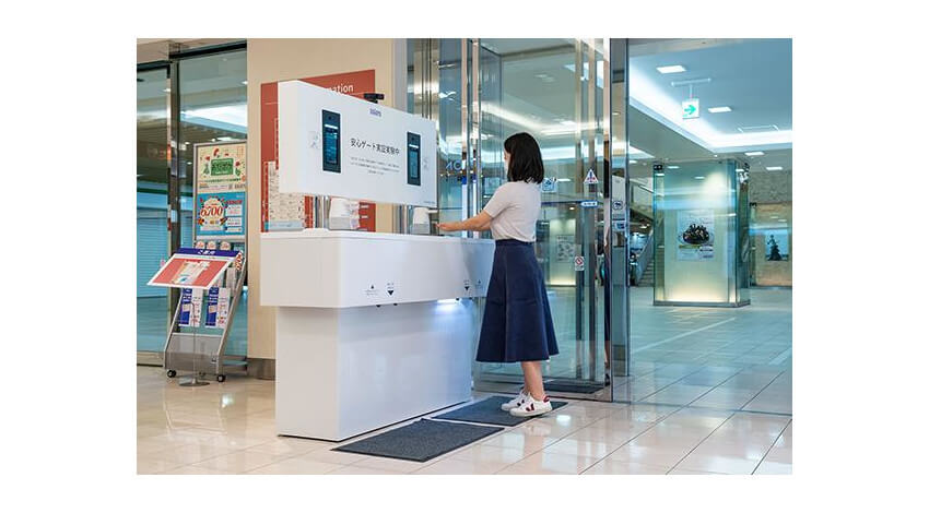 パナソニックと小田急百貨店、施設内の混雑状況データを収集して密を回避する「安心ゲートソリューション」の実証実験を開始