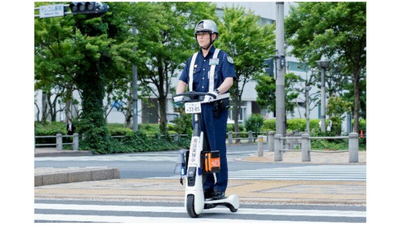 セコムとトヨタ、公道でパーソナルモビリティを活用した巡回警備の実証運用を開始